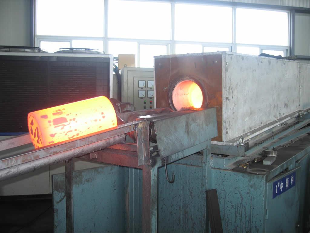中频加热炉